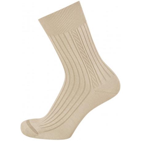 Světle béžová - KAREL PROTI KLÍŠŤATŮM AB | Komfort - Antiklíšťové antibakteriální ponožky obsahují funkční úpravy vyvinuté na bázi přírodních extraktů a nano částic stříbra. Ponožky jsou s jemným žebrem a lemem, přesto ale nesvírají. Na ponožkách je vypleten drobný podélný vzorek.