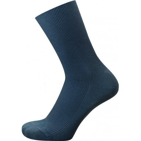 Džínová modrá - ZDRAVOTNÍ - VÝHODNÉ BALENÍ 5 PÁRŮ | Medic - Výhodné balení 5 párů se slevou 10 %! Zdravotní ponožky s jemným žebrem bez gumičky nesvírají, ale zároveň dobře drží na nohou. Tyto výrobky jsou vhodné proosoby s problémy oběhového systému, ale i všechny, kdo hledají nesvíravé ponožky bez lemu.Kombinace bavlny a polypropylenupomáhá odvádět pot od pokožky.