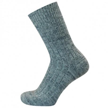 Melír zelený - NORA | Komfort - Jemné žebrové ponožky jsou velmi příjemné na nošení. Ponožky mají lem, dobře drží, ale nesvírají. Ideální k relaxaci. K dostání v několika barvách jemného melíru dle aktuálních skladových zásob.