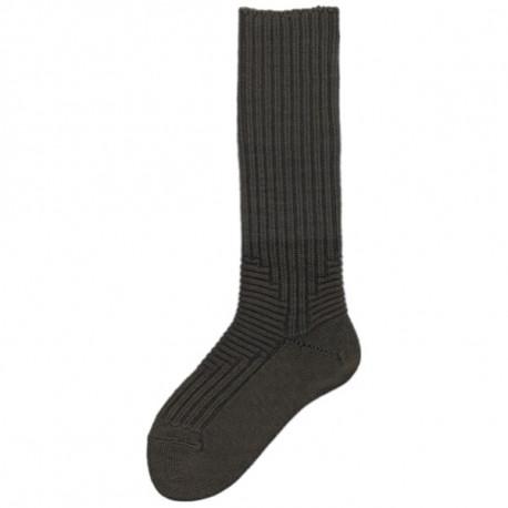 khaki - KOMFORT BEZ LEMU | Outdoor - Silné outdoorové ponožky s prodlouženým lýtkem, bez lemu. Vhodné do turistické obuvi, pohorek i rybářských holin. Ponožky jsou česané na vnitřní straně, velmi měkké a příjemné. Pro celoroční nošení. DesignKNITVA COMFORT ZONEs pružnou vazbou v nártu a zvýšené patě pro pohodlí při nošení.