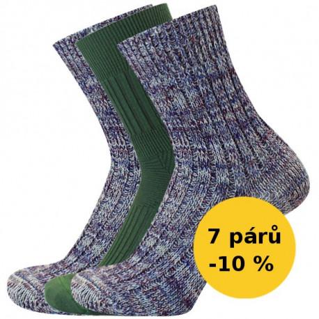 PRO CHALUPÁŘE - Výhodný balíček 7 párů - PRO CHALUPÁŘE - Výhodný balíček | Outdoor - Výhodné balení 7 párů ponožek na každý den se slevou 10 %! Balíček obsahuje 4 páry pracovních ponožek a 3 páry ponožek proti klíšťatům. Ponožky proti klíšťatům a jinému hmyzu jsou skvělé pro houbaře i ty, kdo často pracují na zahrádce. Obsahují nano stříbro s antibakteriálními účinky. Silné žebrové ponožky s vlnou jsou ideální pro všechny zahrádkáře, chalupáře i kutily.